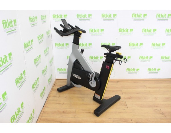TECHNOGYM  GROUP CYCLE CONNECT VÉLO SPINNING-MATÉRIEL PROFESSIONNEL D'OCCASION